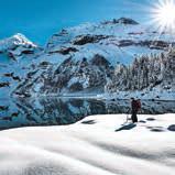 Ruhige Naturmomente erleben Urlauber am besten bei Schneeschuhwanderungen.